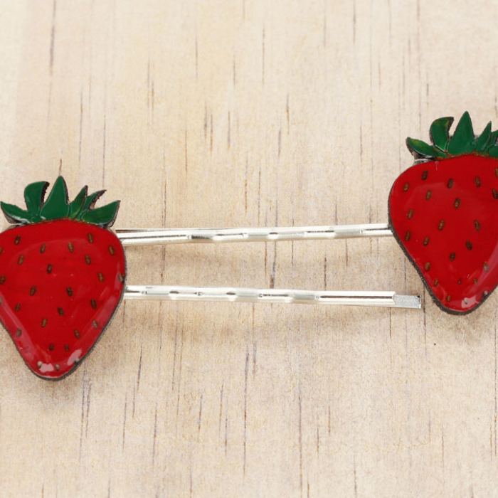Strawberry hairclips by Bok Bok B'Gerk at Small to TALL