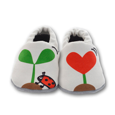 Love Spout Soft Soled Baby Shoes