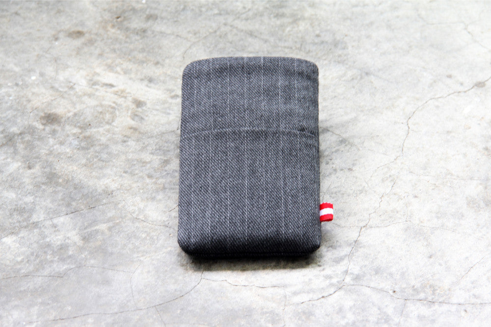 Pocket Sleeve - Gray Suit