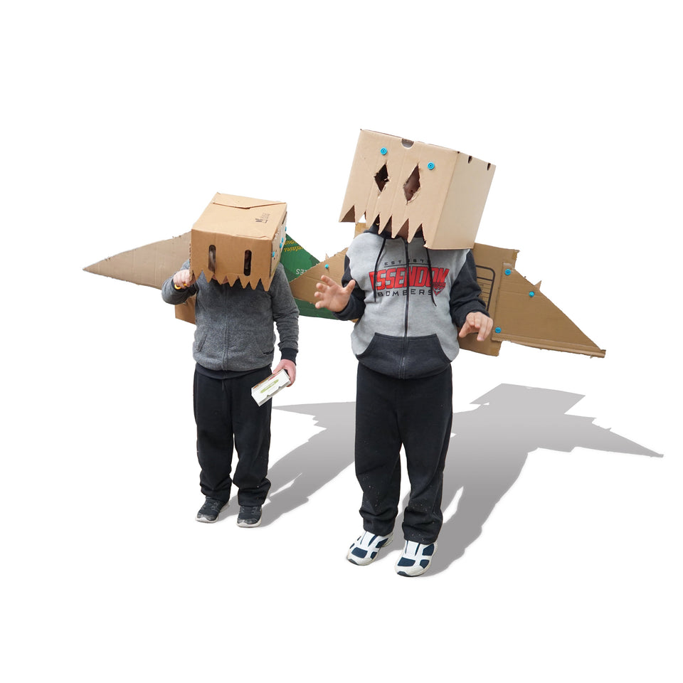 Cardboard halloween costume Makedo flying monster