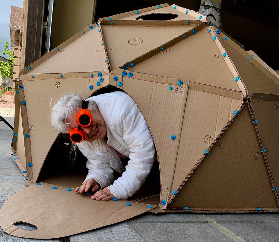 Kevin Honeycutt makes a geodesic dome using Makedo cardboard construction system