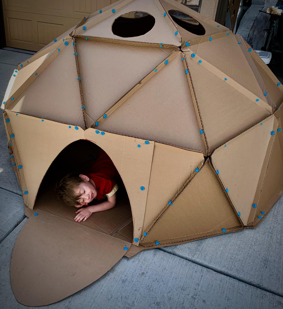 Kevin Honeycutt makes a geodesic dome Makedo's cardboard construction system
