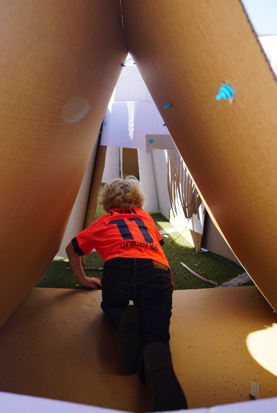 Makedo cardboard maze tunnel crawl through from inside