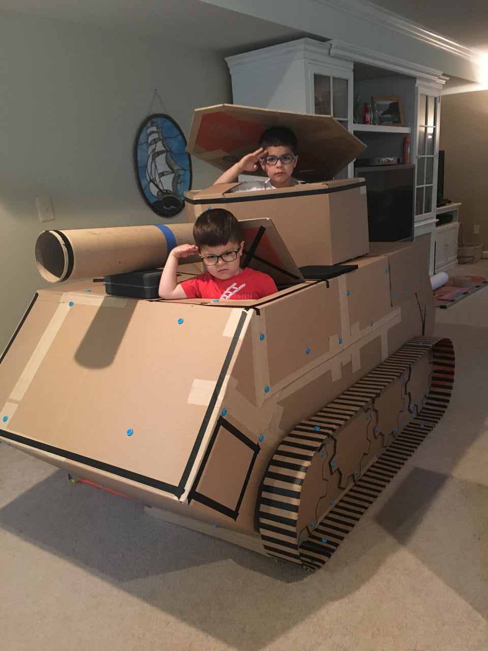 Makedo Vehicles - Cardboard Tank - uploaded by eduardoiherrera USA
