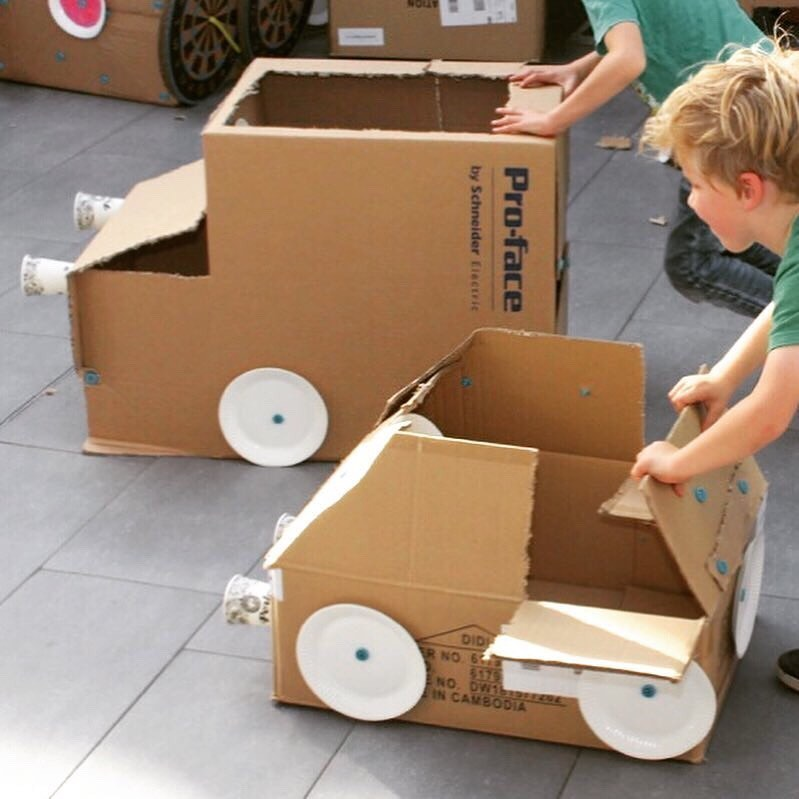 Cardboard car race Makedo cardboard construction