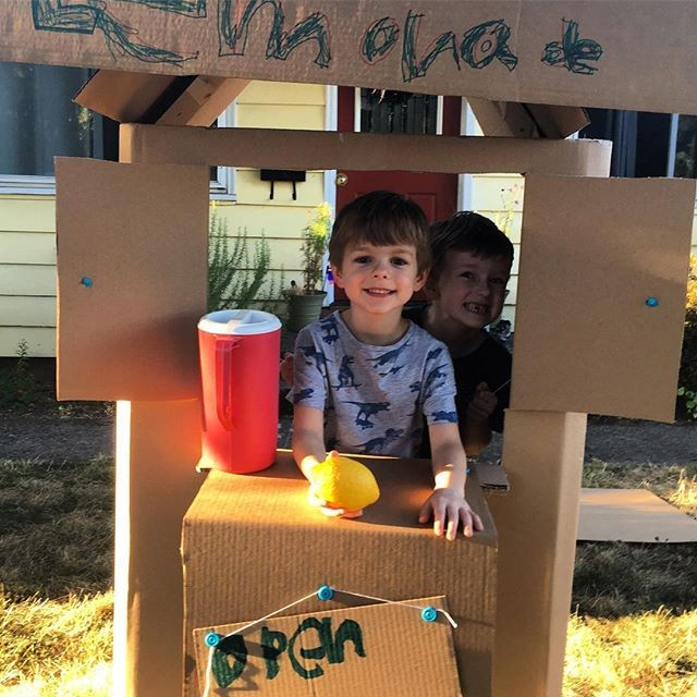 Makedo cardboard construction lemonade stand