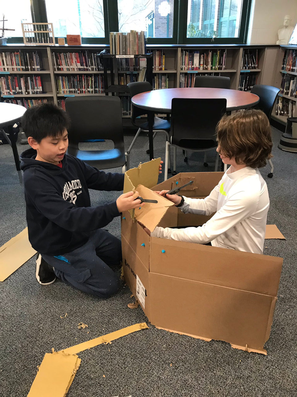 Building a cardboard fort with the Makedo cardboard construction system