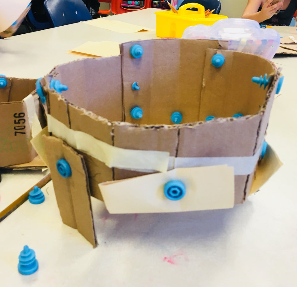 Cardboard bird nest challenge made with Makedo construction system