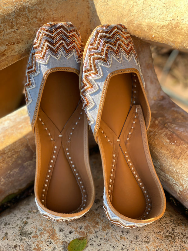 Crossroads Shoes | Mujro