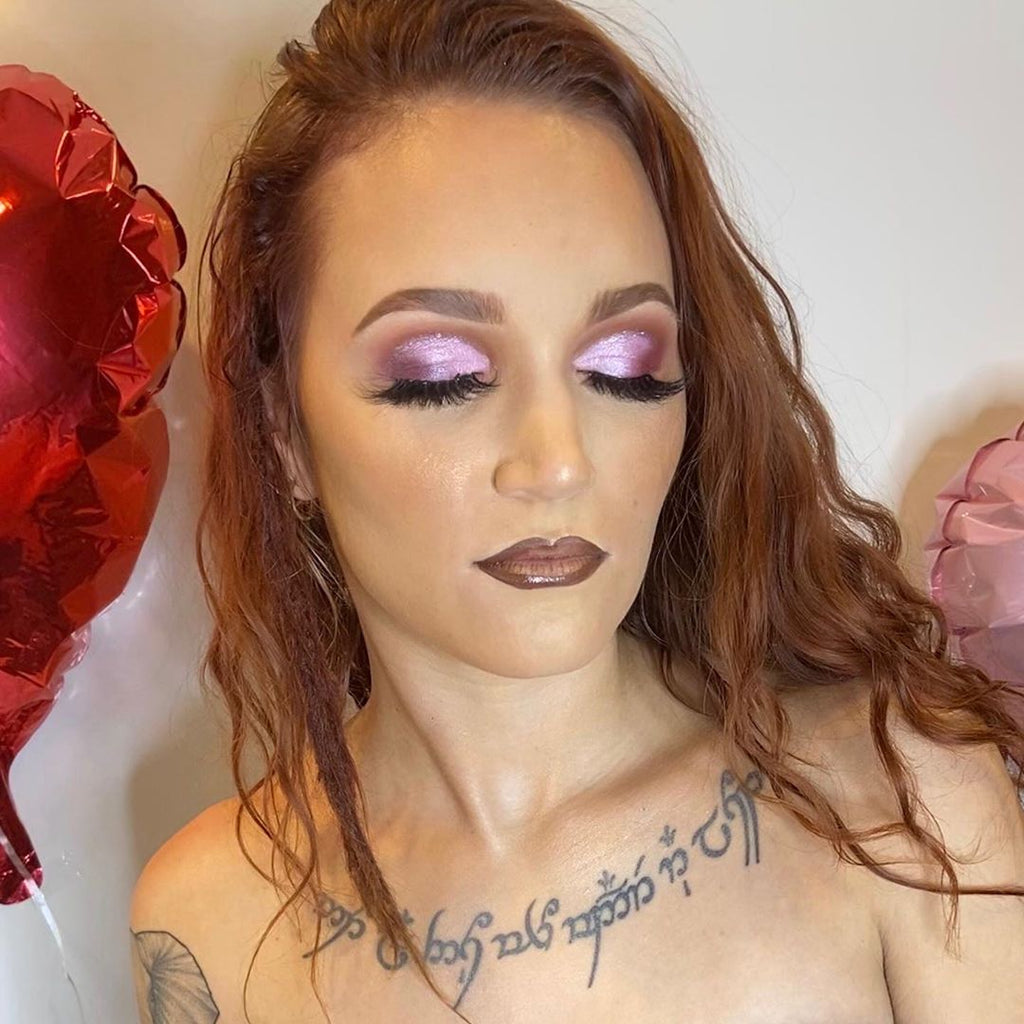 Drive your date crazy with this Valentines Day Makeup Tutorial