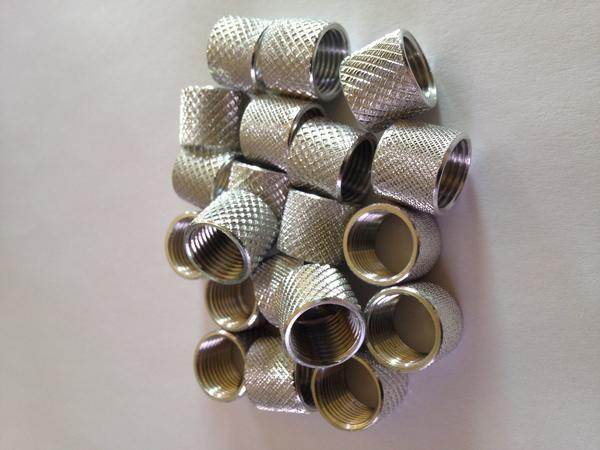 Pipe Coupling (Knurled) (Nickel)