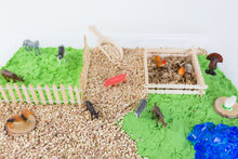 Load image into Gallery viewer, Farm Sensory Bin