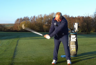 Alistair Davies - A Simple Tip To Make Golf Easy