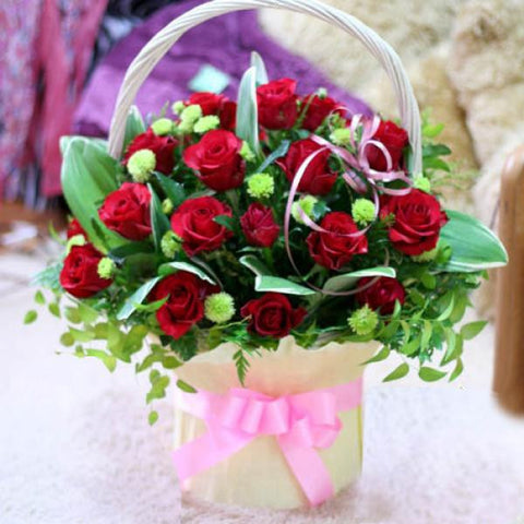 Romantic Rose Basket