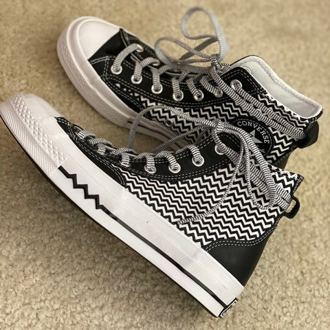 Converse with zig zag print