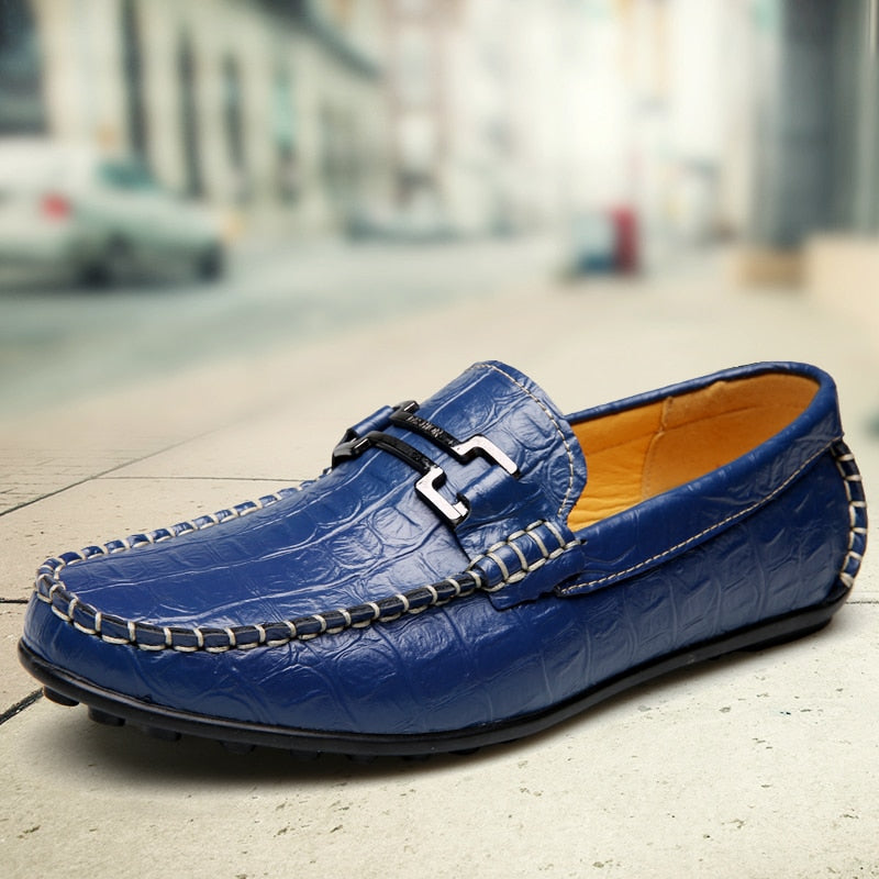 Fashion Crocodile Pattern Leather Moccasins Men Loafers Driving Shoes