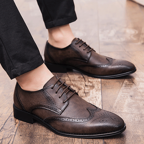Luxury Men's Brogue Leather Shoes Pointed Toe Lace-Up Dress Shoe