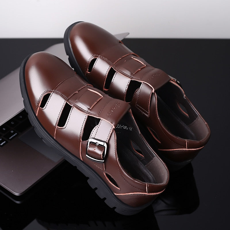 2019 New Men's Sandals Genuine Leather Sandal Roman Breathable Shoes