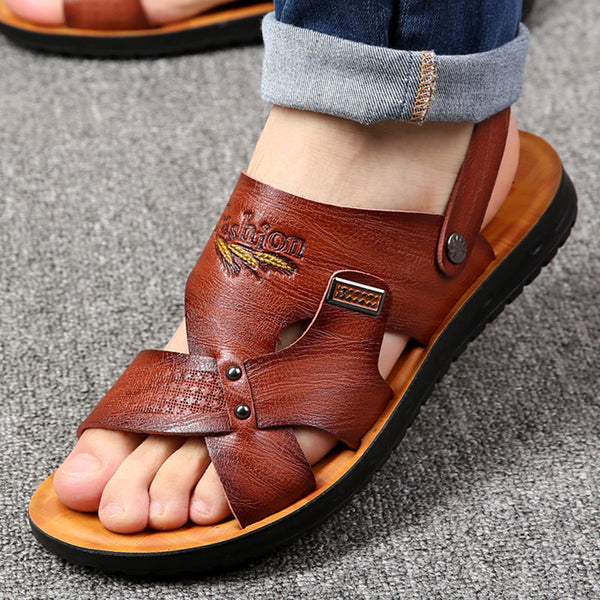 2019 New Men's Beach Shoes Leather Sandals Comfortable Non-slip Slippers