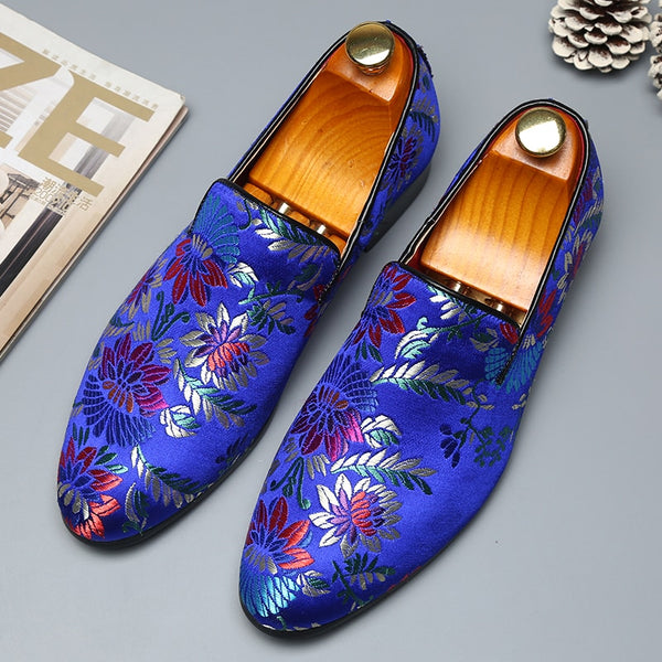 2019 Men's Exquisite Embroidery Handmade  Leather Loafer