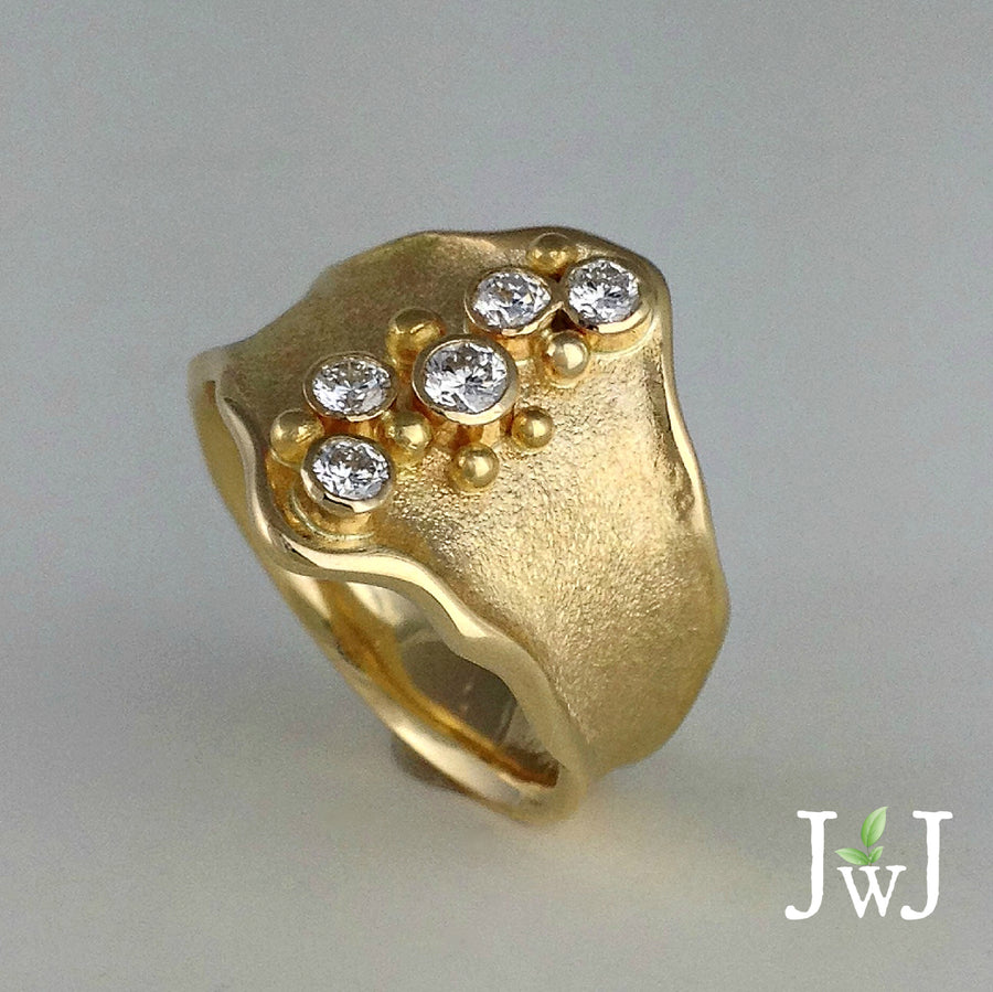 Sand Sea Shield sandcast Ring Beach Ocean Wave Inspired Recycled Gold Recycled Diamonds Sustainable Jewellery eco friendly