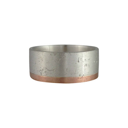 Sandy Border Wedding Band