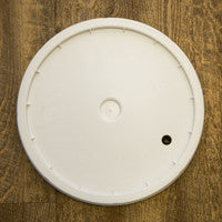 7.8 Gallon Fermentation Bucket Lid - Drilled with Grommet
