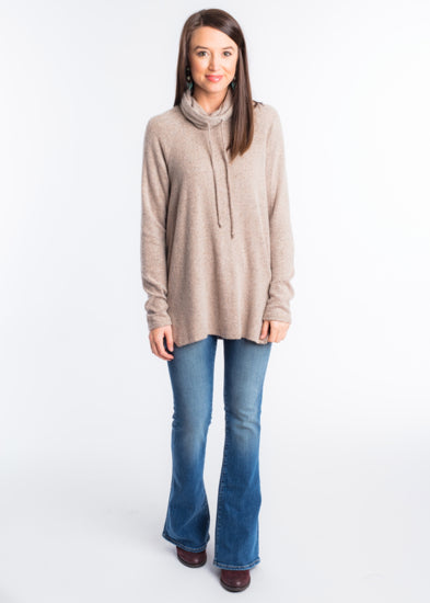 LONG TRIP PULLOVER TOP