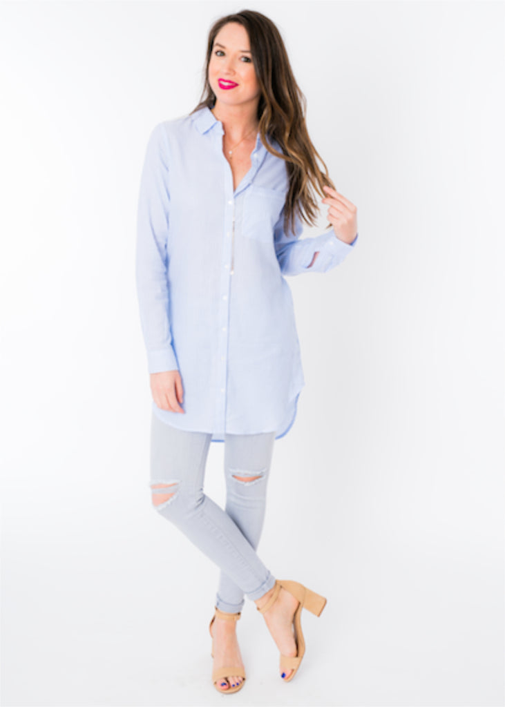 HAPPY SKIES BUTTON DOWN TOP