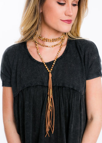 NEUTRAL NOISE WRAP NECKLACE