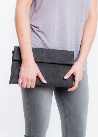 JUST IT ENVELOPE CLUTCH