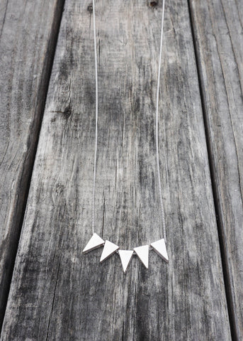 POINTED TRUTH NECKLACE