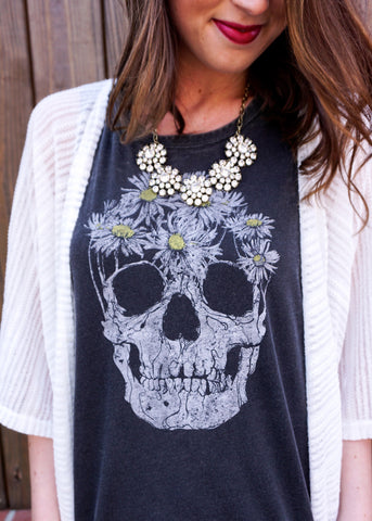 HEAD FULL OF DAISIES TANK