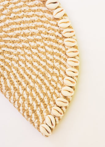 ISLAND HOPPING SHELL CLUTCH