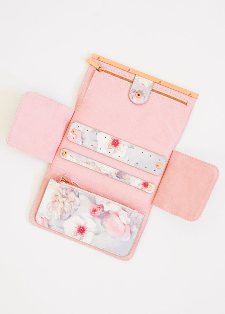 TRAVEL JEWELRY ROLL BY TED BAKER