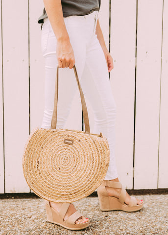 BRIGHT DAYS WOVEN ROUND TOTE BAG