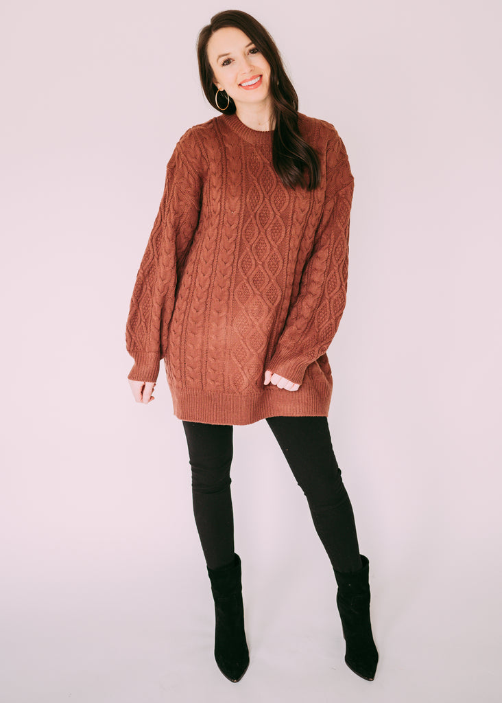 FINISHING TOUCH CABLE KNIT SWEATER