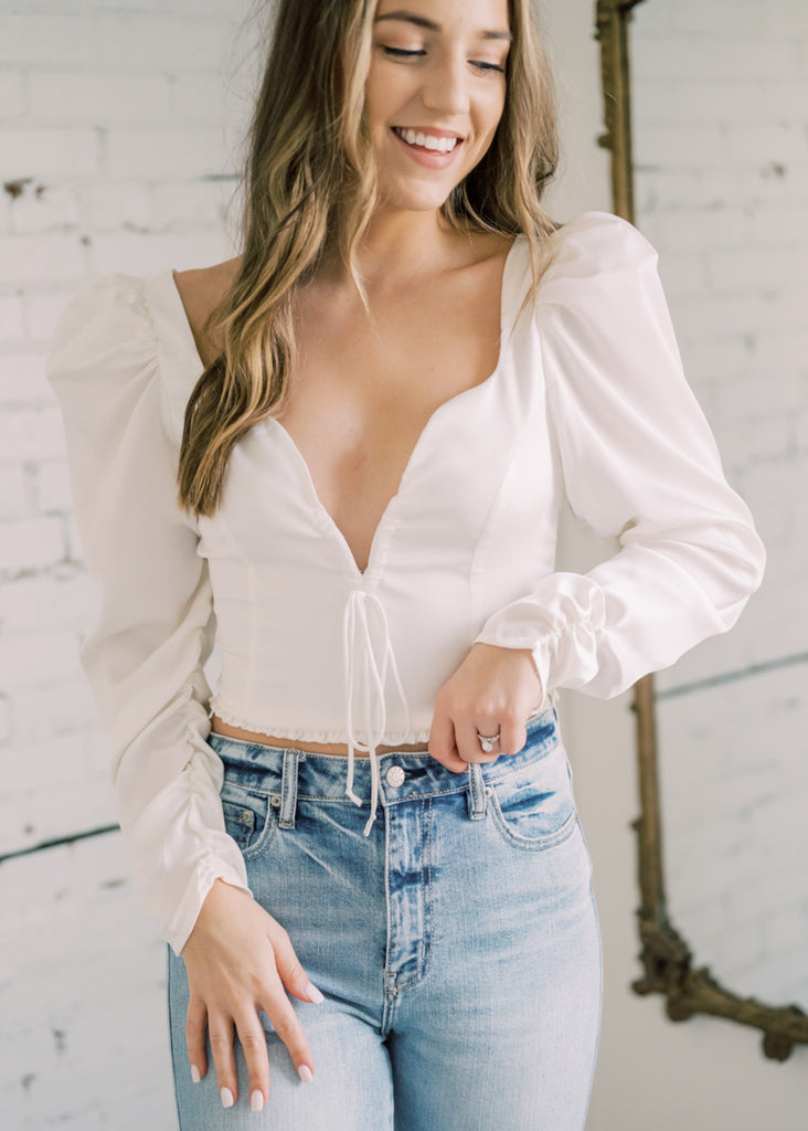 UPTOWN FLARE TOP