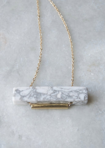 MARBLE MUSE NECKLACE