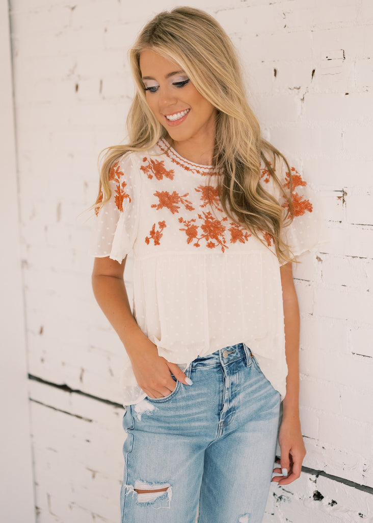FALL FLORALS EMBROIDERED TOP