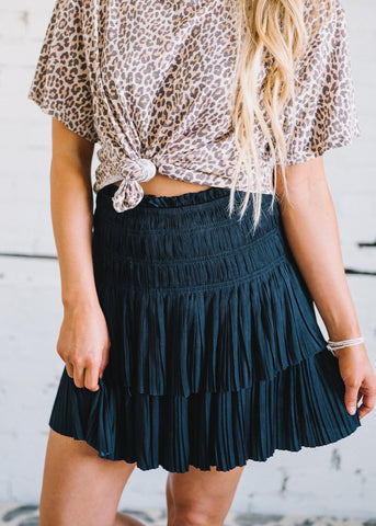 DREAM IN DETAILS PLEATED SKIRT