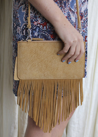 FRINGE ADDICTION CROSSBODY