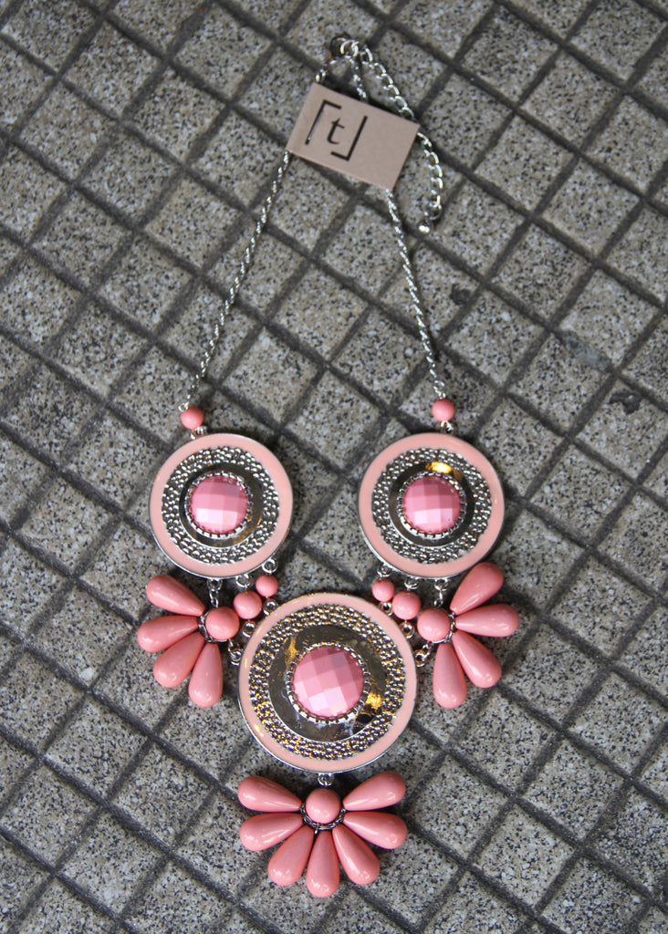 TRIPLE DISC NECKLACE