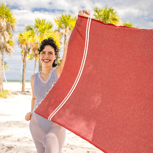 Premium Bath Beach Towel (Cajoline Red Pink)