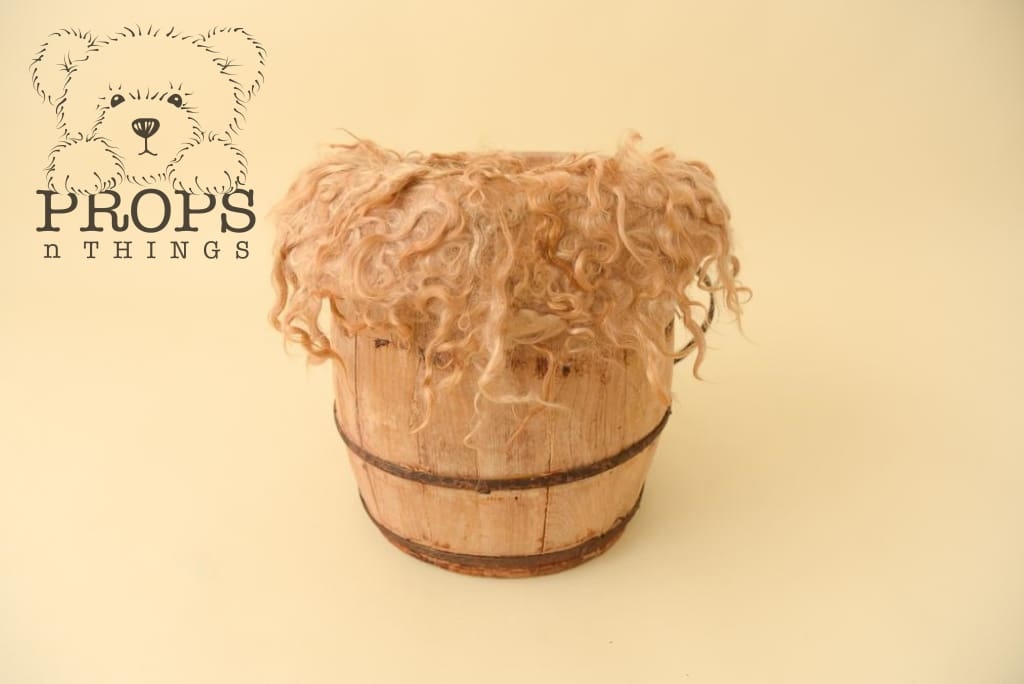 Angora Curly Layers Toffee Layer