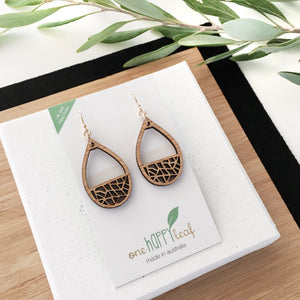 Drop earrings wooden