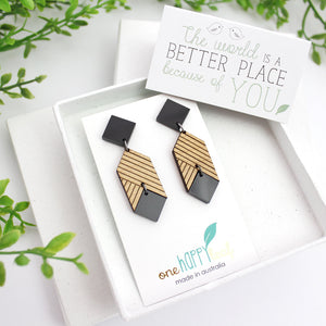 Statement eco-friendly earrings