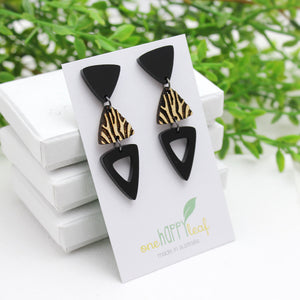 Sustainable dangle geo earrings