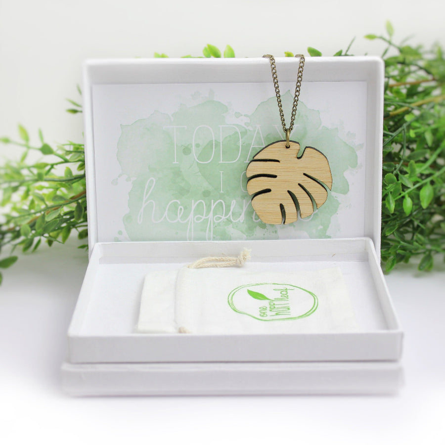 Australian leaf necklace, monstera leaf necklace, australia jewellery, sustainable jewellery, eco friendly jewellery