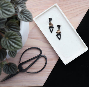 Statement earrings black
